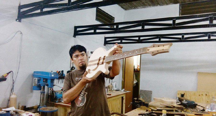 En González Catán, ser luthier es un estilo de vida
