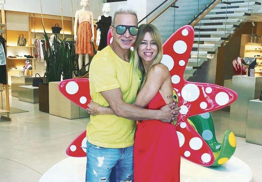 dNicole viajó a Miami para conocer a Dionisio