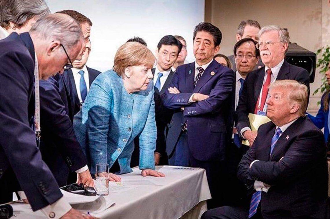 Merkel: Es deprimente la actitud de Donald Trump