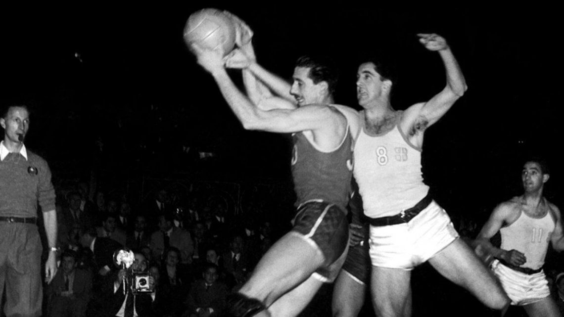Murió Oscar Furlong, gloria del básquet argentino