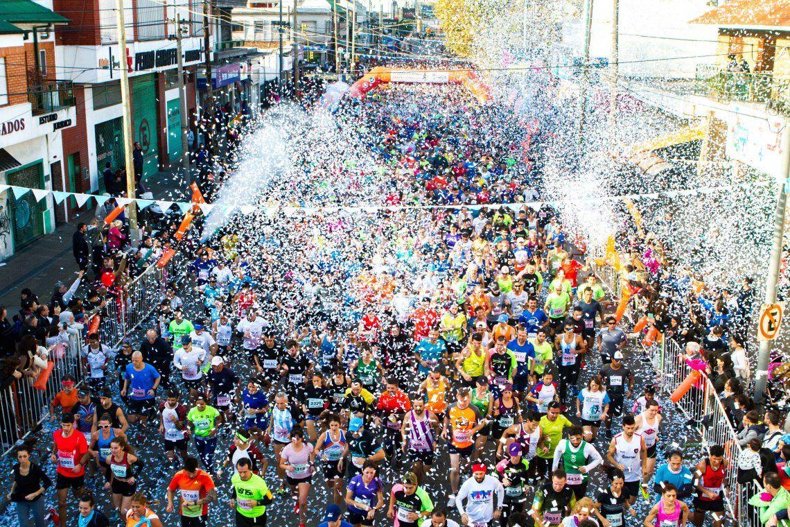 Más de 4 mil atletas corrieron la 31° maratón Día del Vidriero