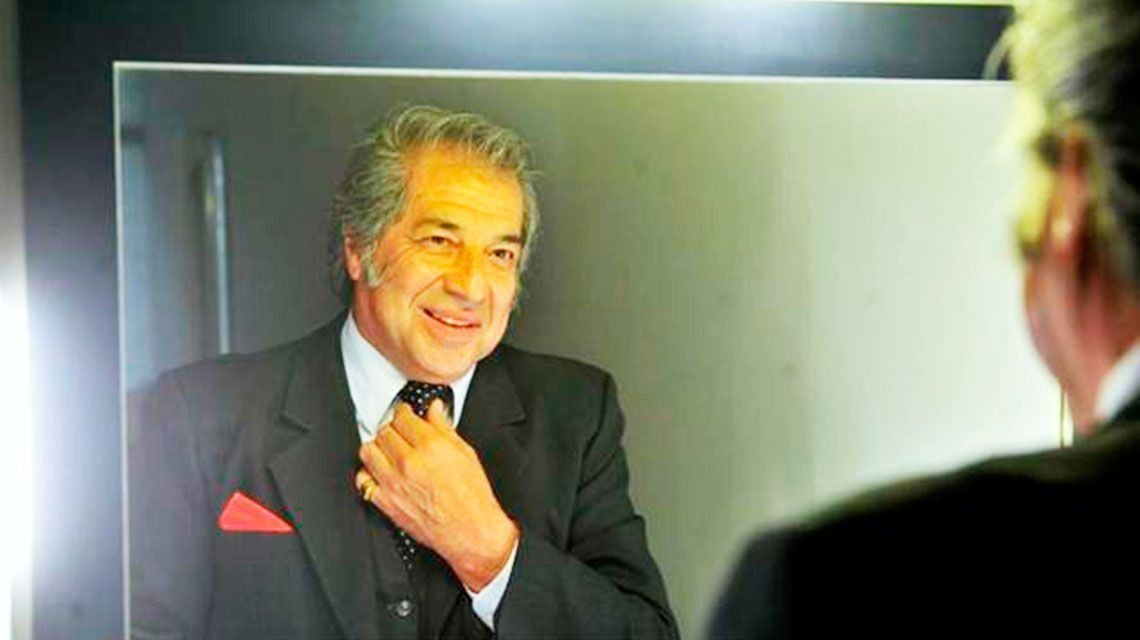 Sandro vuelve al escenario de la mano de Oscar Miranda