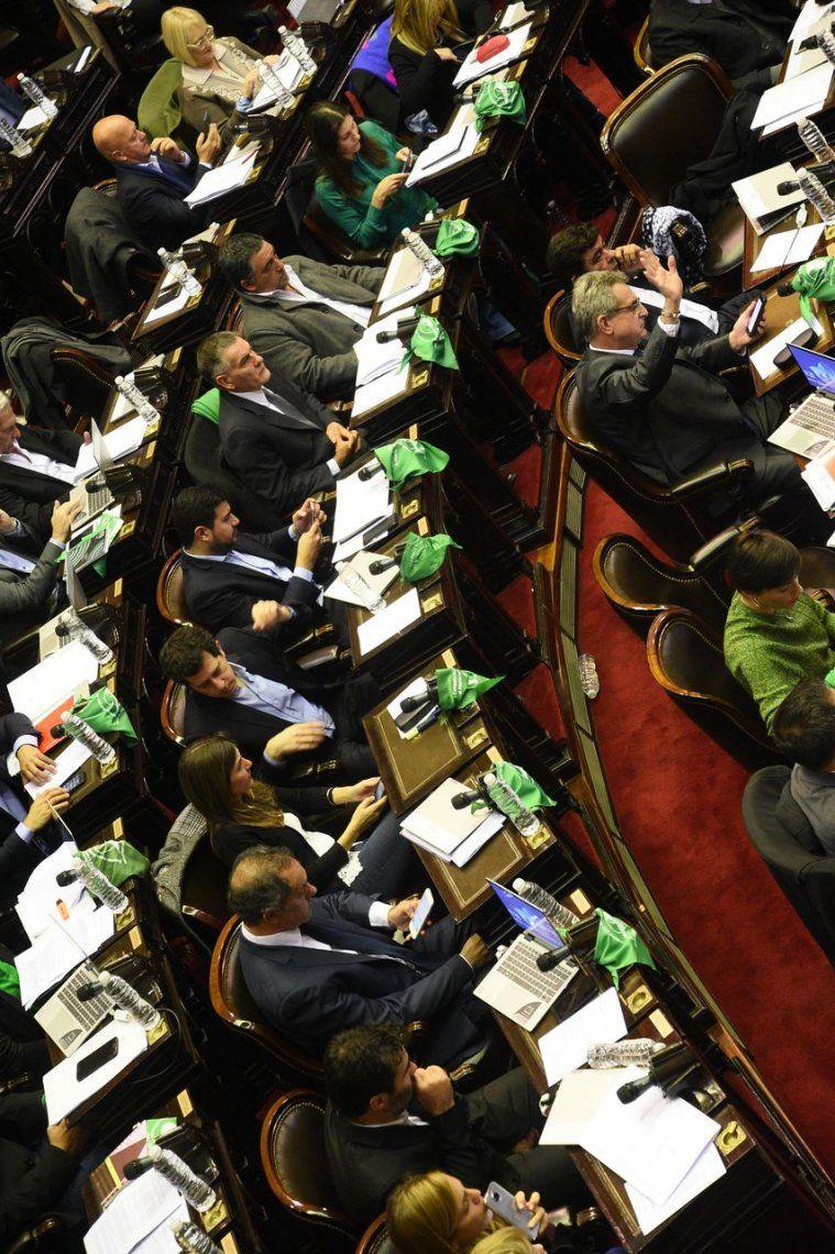 Así votó cada diputado el proyecto sobre el aborto