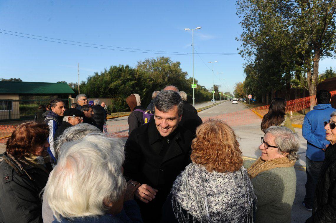 Zabaleta recorrió junto a vecinos la calle Combate de Pavón