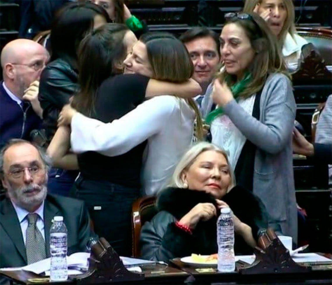 ¡La próxima rompo!: la ira de Elisa Carrió con el bloque de Cambiemos