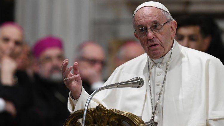 El Papa condena con fuerza atrocidades de pedofilia