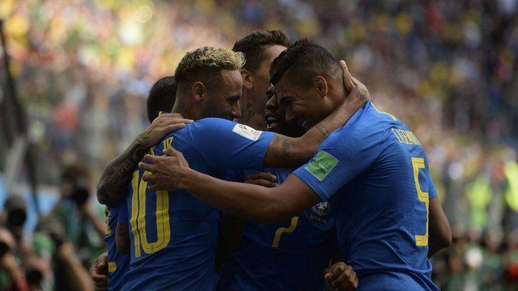 Brasil venció a Costa Rica en tiempo adicional y tiene un pie en octavos