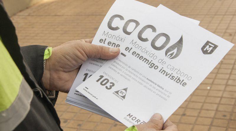 Llevan folletería a los barrios para concientizar sobre el monóxido de carbono