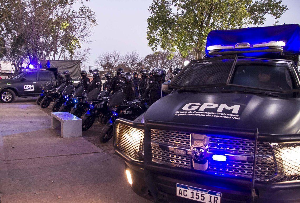 Salió a la calle el Grupo de Policía Motorizada en Morón