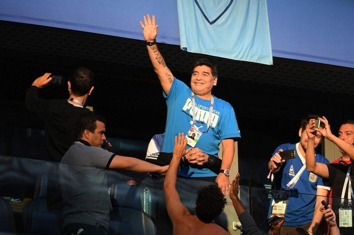 Maradona encontró a quien lo dio por muerto durante el Mundial de Rusia y llegó a un acuerdo