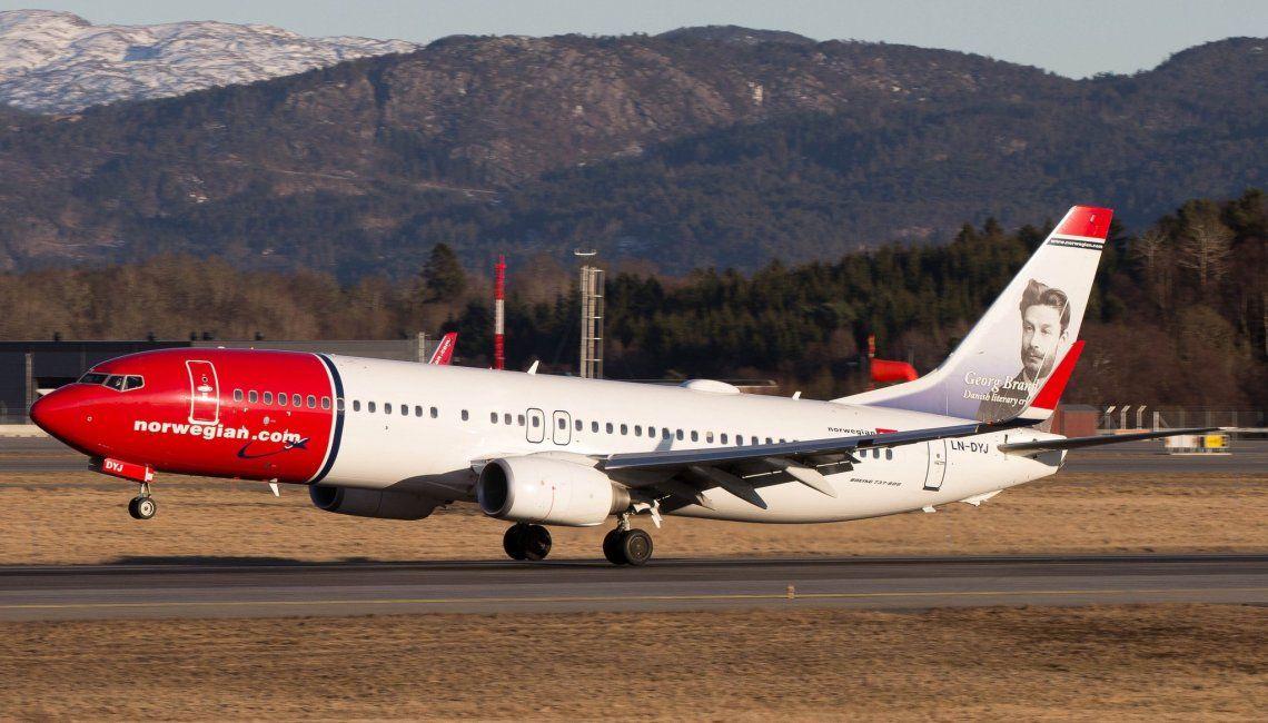 Pasajes aéreos: el fin del piso tarifario atrae grandes rebajas de las low cost
