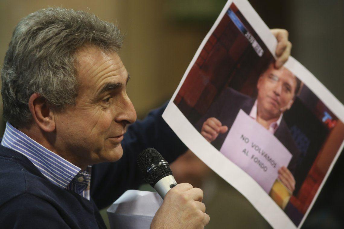 Picante cruce entre Dujovne y Rossi por el FMI
