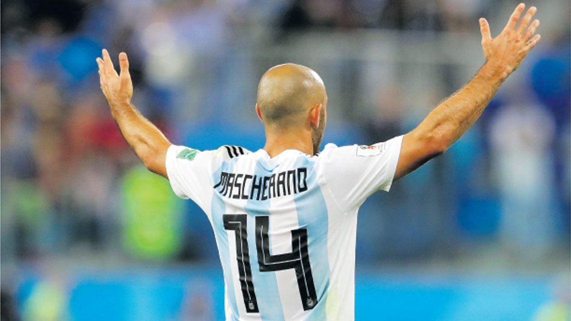 Mascherano hizo oficial su renuncia a la Selección