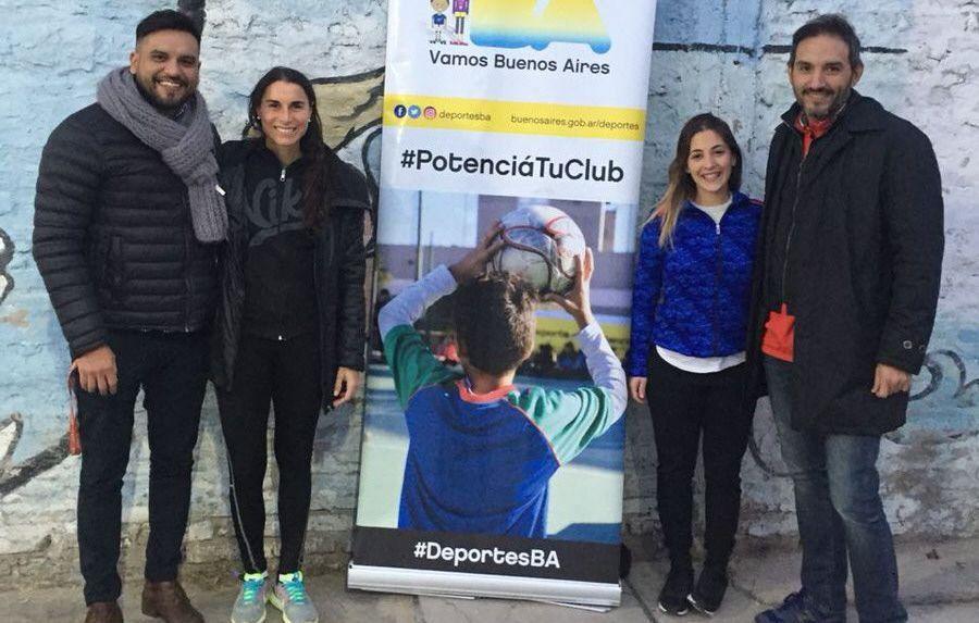 Aumenta la práctica de hockey en el poli Pereyra