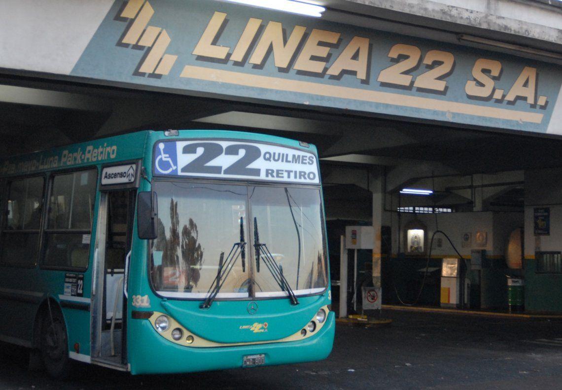 Paro de la Línea 22 afectó a miles de usuarios