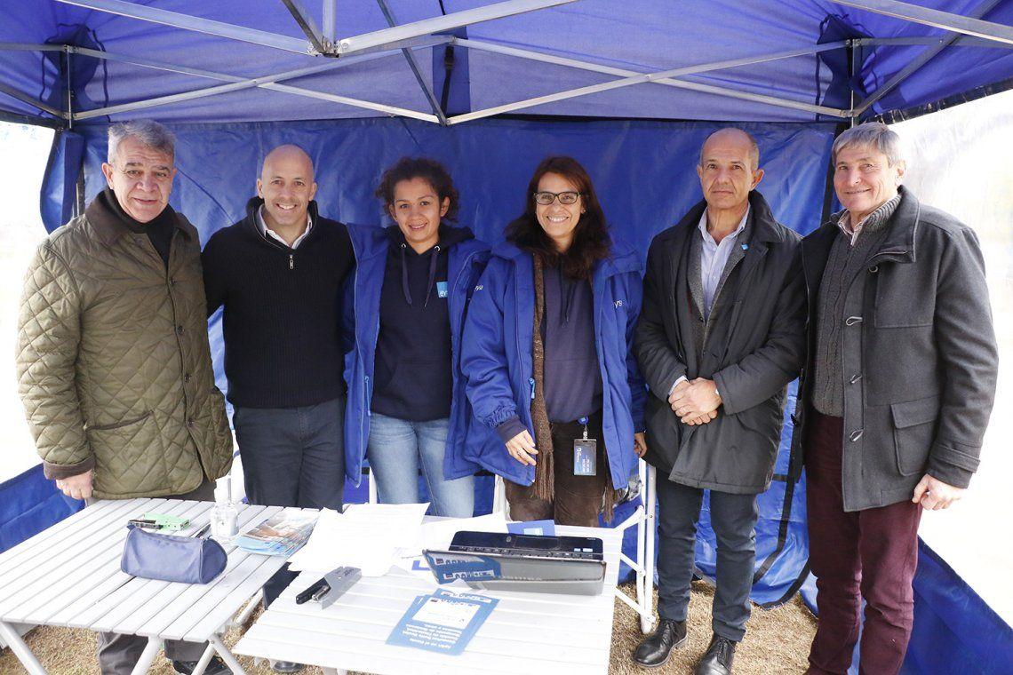 Pilar: el intendente Ducoté participó de AySA en el Barrio