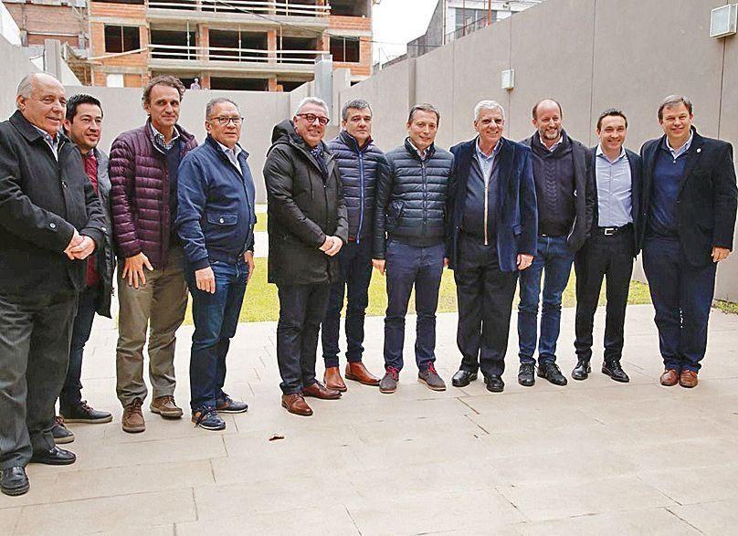 dApoyo de intendentes del Conurbano a AySA.