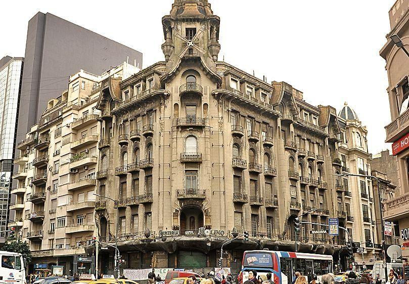 dLa Confitería del Molino fue inaugurada hace 102 años.