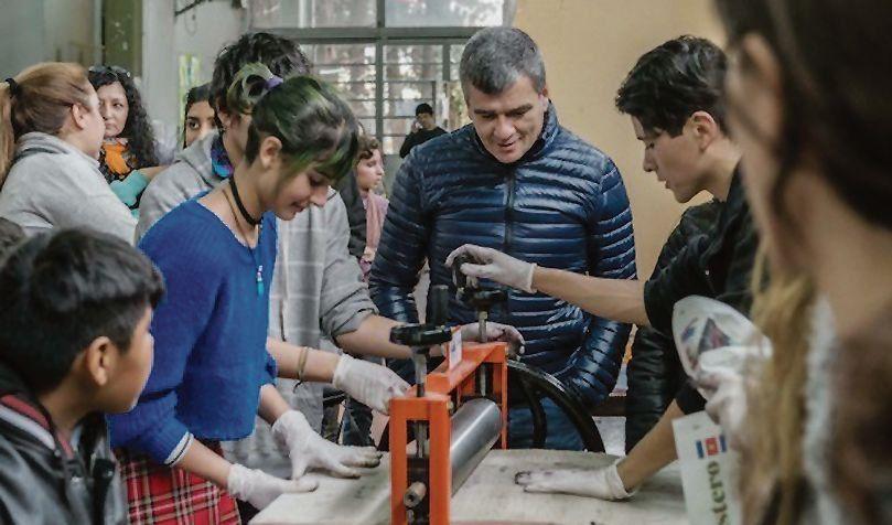 dEl intendente Juan Zabaleta recorrió la Feria de Educación