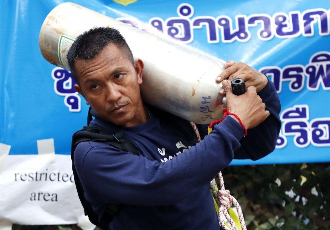 Cómo es la cueva donde están atrapados los chicos tailandeses