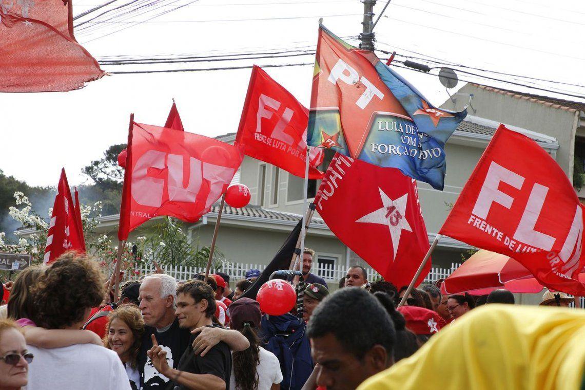 El Partido de los Trabajadores de Lula sale al cruce del jefe del Ejército