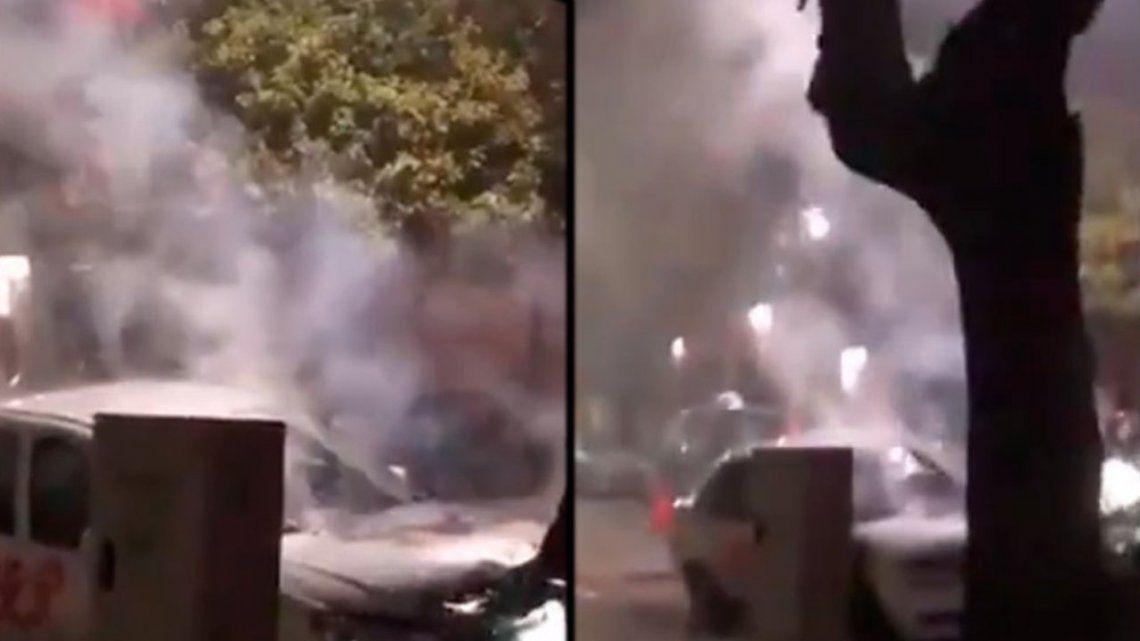 Otro ataque de los Caza Uber: incendiaron un auto en Devoto