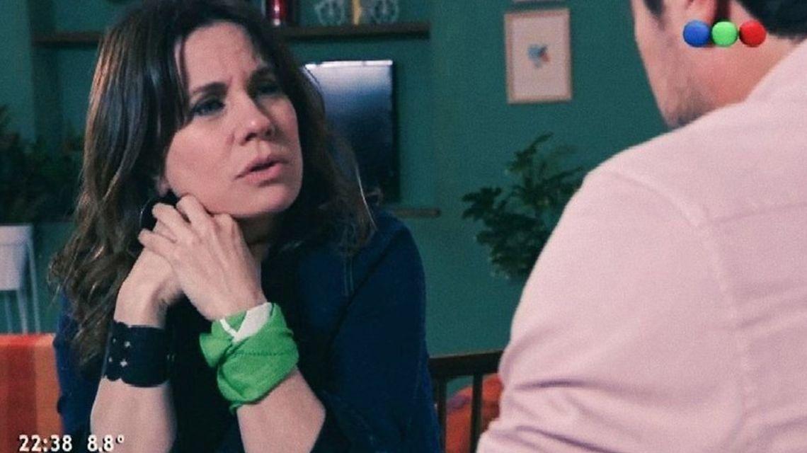 100 Días para Enamorarse: Nancy Duplá usó un pañuelo verde en favor de la legalización del aborto