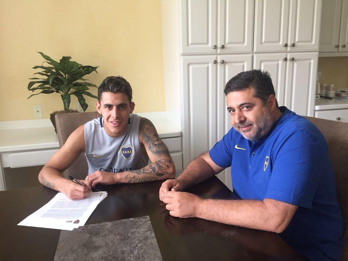Pavón firmó su nuevo contrato coin Boca