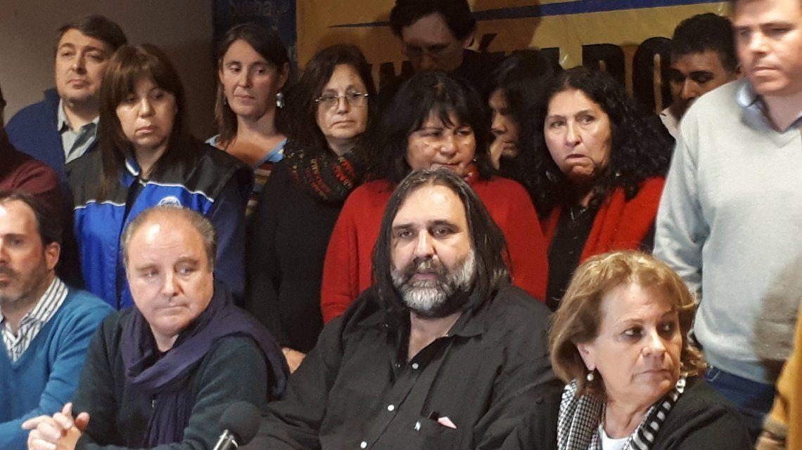 Docentes bonaerenses esperarán la reunión con Vidal para decidir si realizan un paro