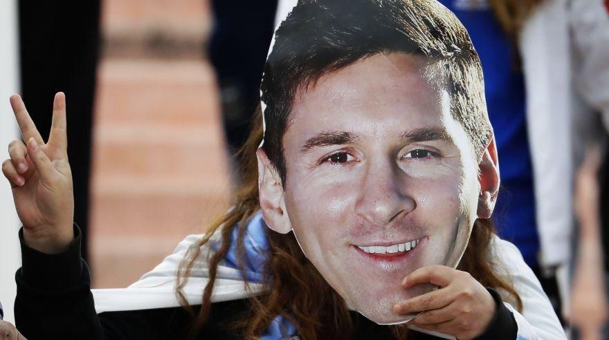 Desbaratan a la banda de Messi: cometían atracos con máscaras del 10 de la Selección