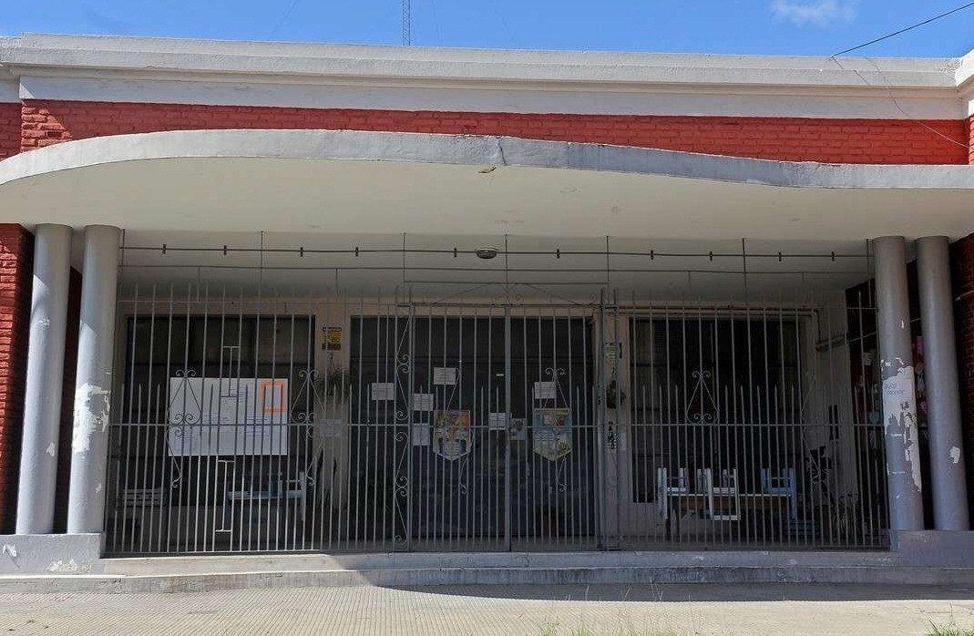 Por no tener medidor, EDESUR le cortó la luz a una escuela de Avellaneda