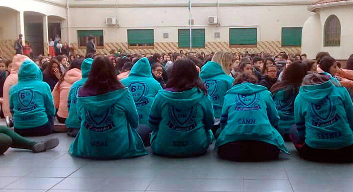 Quilmes: un docente denunció que lo echaron por estar a favor del aborto