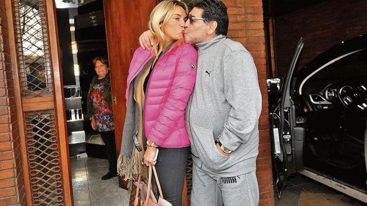 A los mimos, Diego posó con Rocío