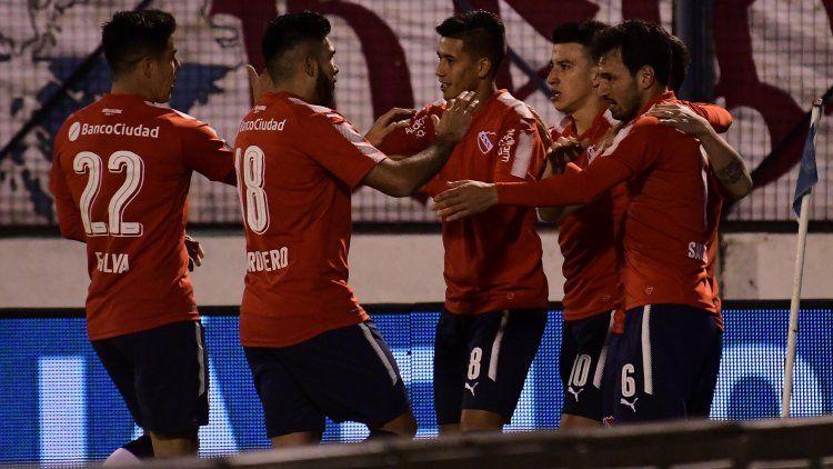 Independiente aplastó a Central Ballester en Formosa