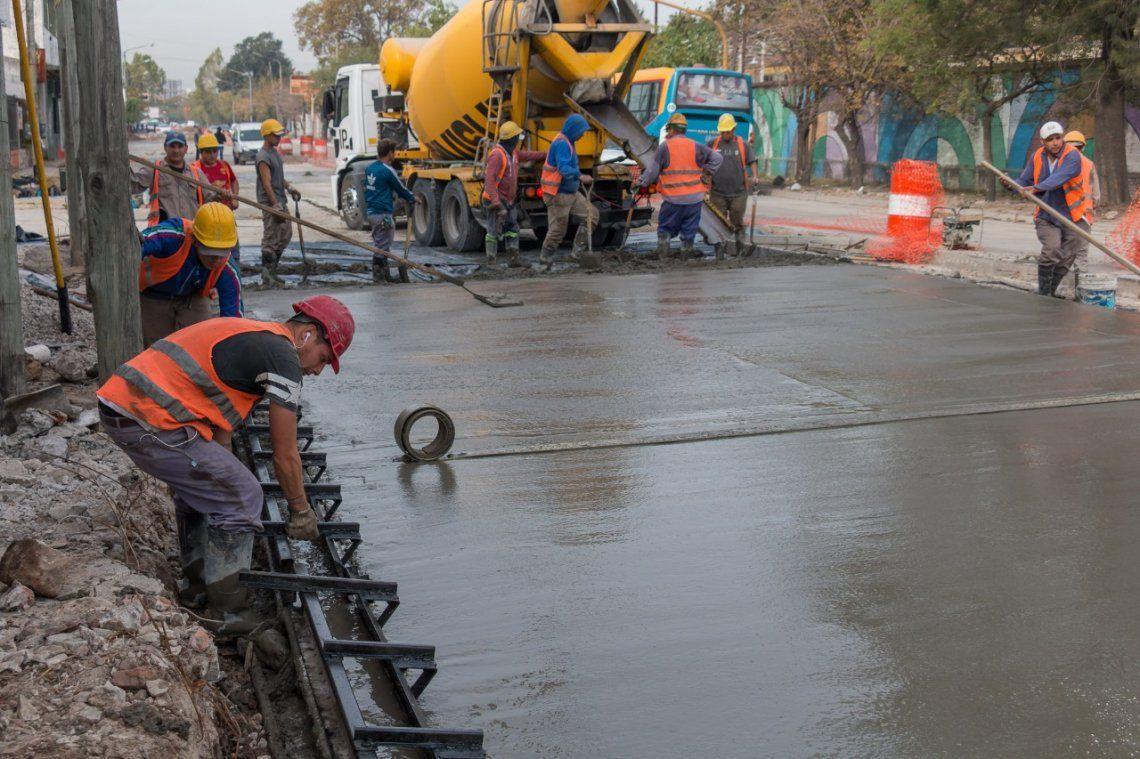 Más de 100 millones de pesos para obras de pavimento en Lanús
