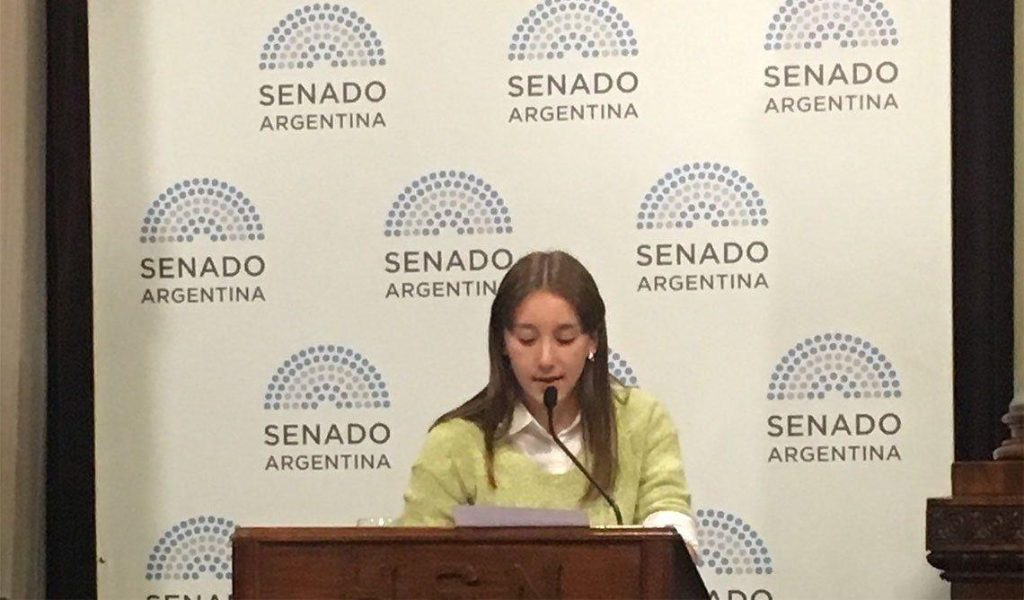 Senado: las sentidas exposiciones a favor del aborto de la adolescente Milagros Peñalba y la abogada Soledad Deza
