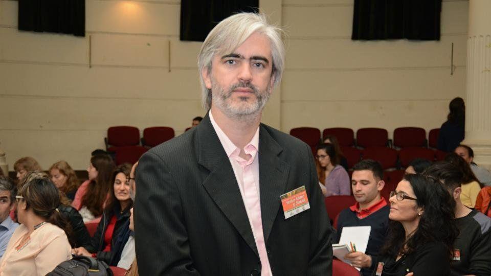 Científico argentino fue premiado por estudiar los efectos de la yerba mate en los huesos