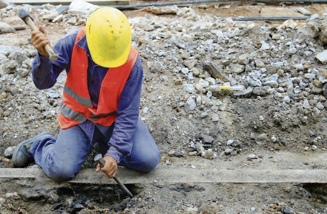 Según un estudio, se estancó el empleo privado registrado en la Argentina