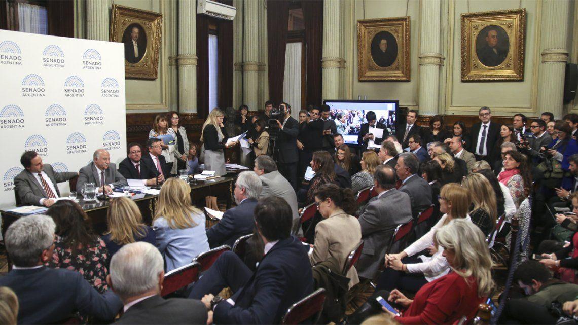 Sin acuerdo en el Senado, avanzan tres proyectos distintos de extinción de dominio