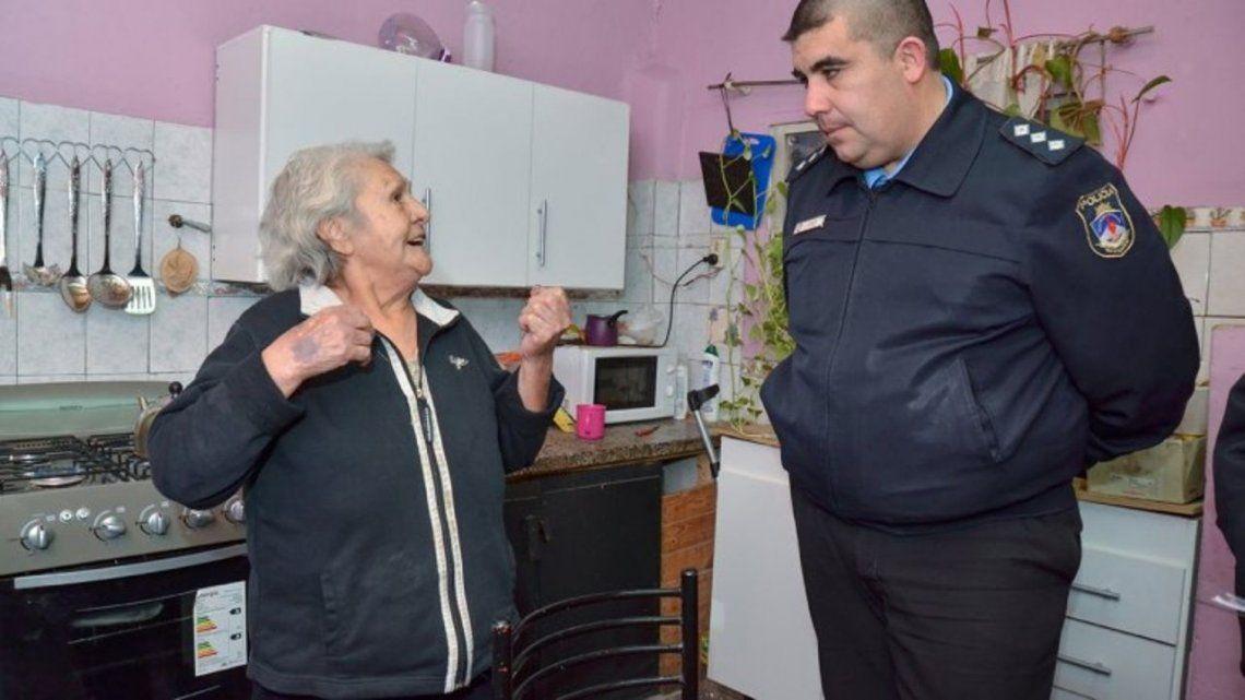 Una anciana de 85 años se resistió a patadas de un robo en pleno centro de Neuquén