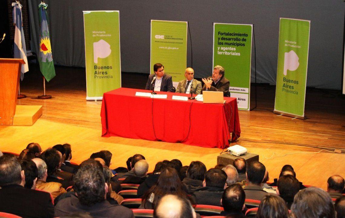 Presentaron programa para desarrollar productividad de los municipios bonaerenses