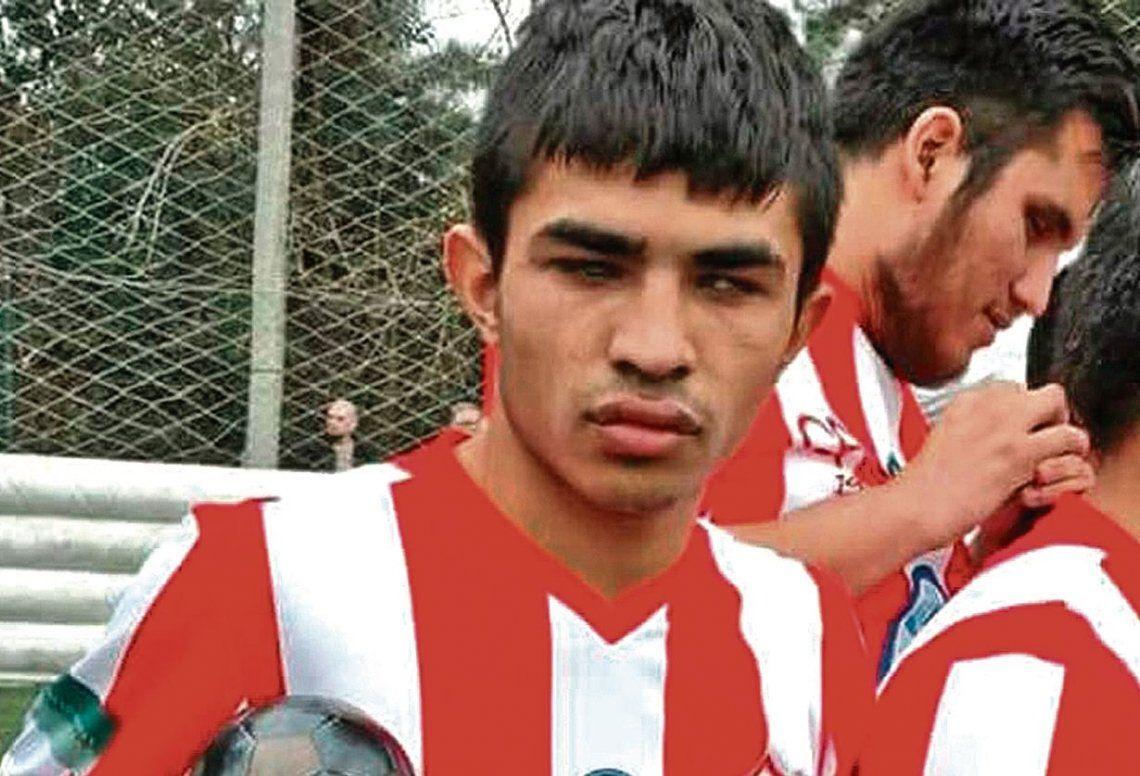 dEl jugador de Cañuelas FC y de la Selección nacional caminaba con su bastón por Crisólogo Larralde cuando sufrió el ataque.