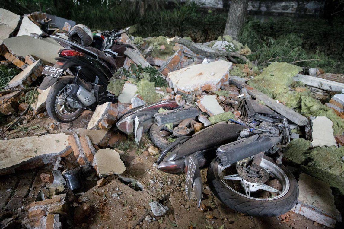 Terremoto en Indonesia: al menos 82 muertos