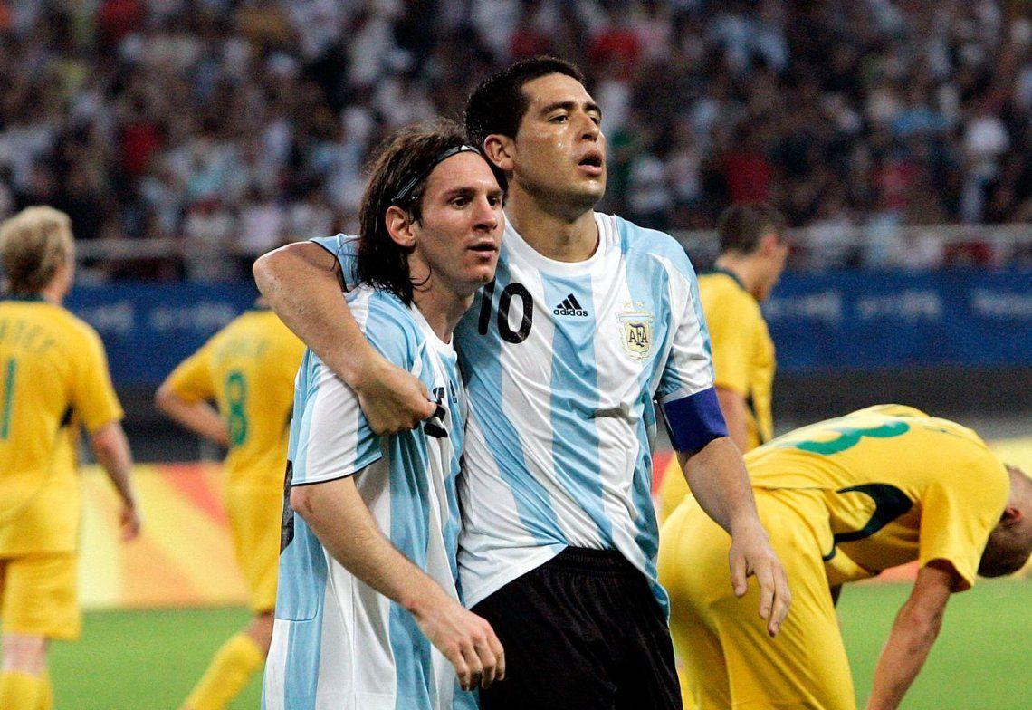 El día que Messi miró a Riquelme como si fuera Jesucristo Superstar
