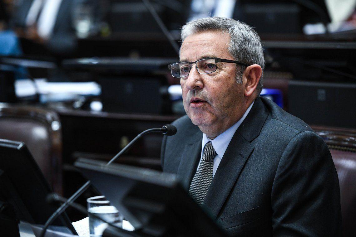 Cobos: La candidata puede ser Vidal si las condiciones macroeconómicas no mejoran