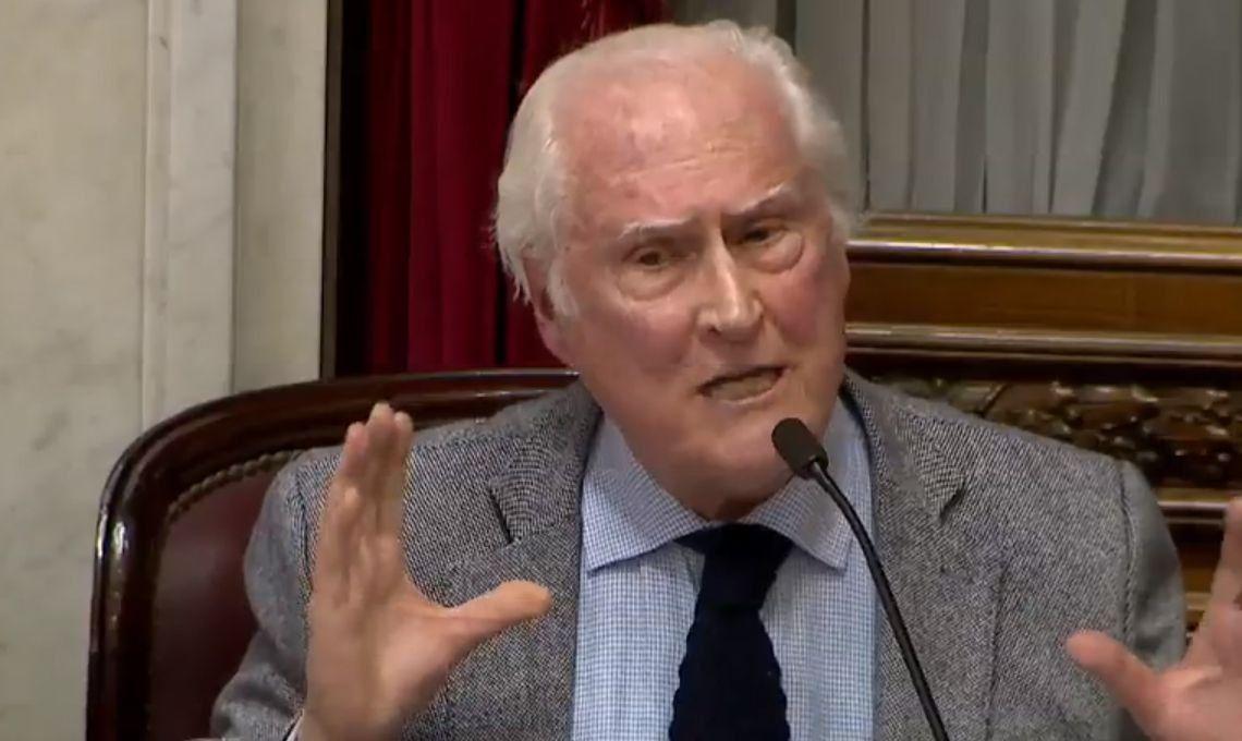 El encendido discurso de Pino Solanas contra Mario Poli durante el debate del aborto legal