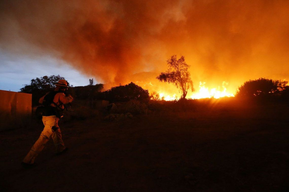 El incendio forestal en California en 15 impactantes fotos