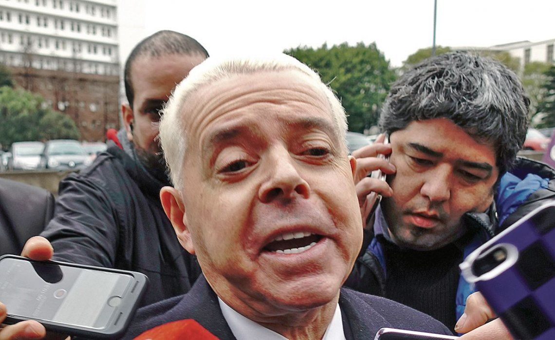 dOyarbide declaró y luego dijo que lo amenazaron de muerte.