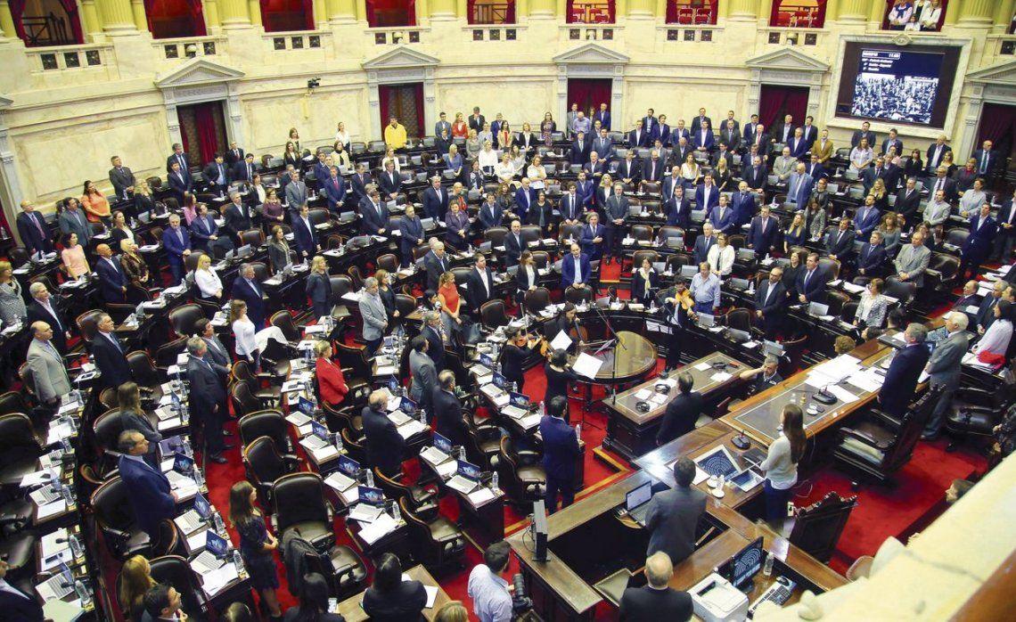 dLa sesión fue solicitada por el Frente Renovador y el bloque Justicialista.