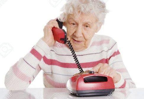 dLa estafa comenzó con un llamado al teléfono fijo de la anciana.